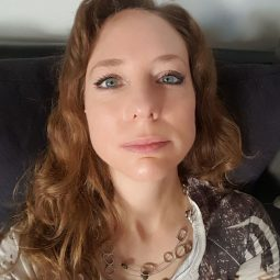 Jessica Cummins, BSc. Research Psychology and Public Health and Holistic Cannabis Practitioner